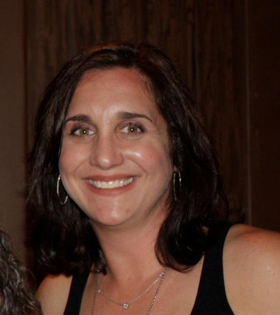 Photo of Lisa Uri