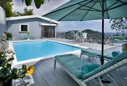 Caribia Cottage pool deck