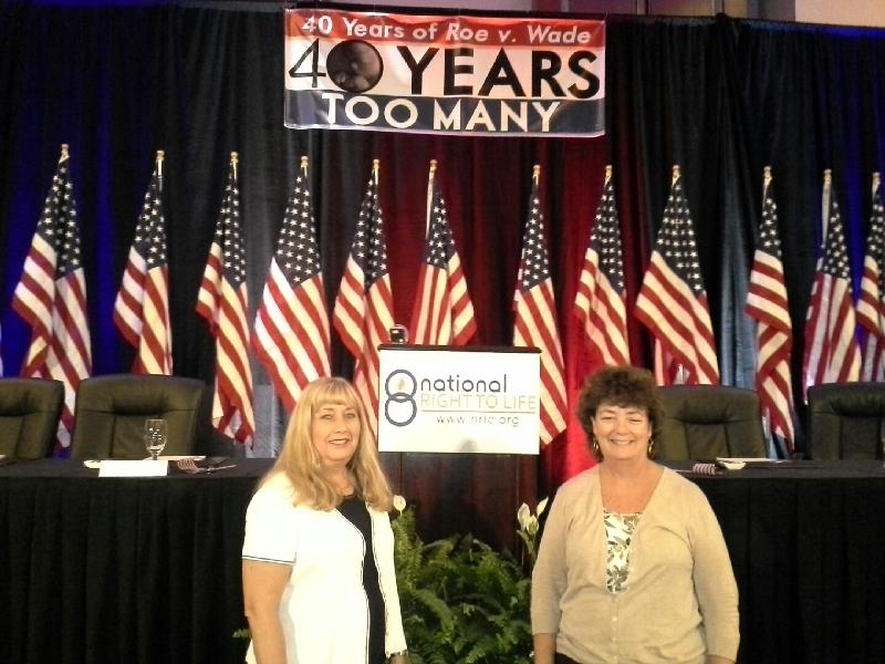 Susan and Maggie at NRLC convention