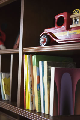childrens-bookshelf.jpg