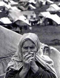 Une réfugiée palestinienne - A Palestinian refugee woman. Photo: Munir Nasr, UNRWA