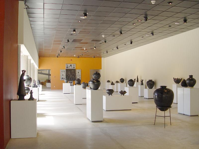 Black pottery gallery