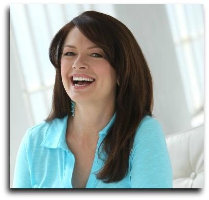 Maxine Dunn - voice actor