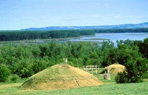 Missouri River earthlodge