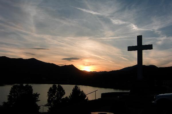 Lake Junaluska Cross at Sunset