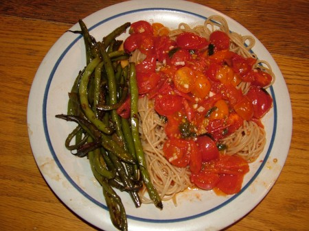 Roasted Green Beans and Cherry Tomato Pasta
