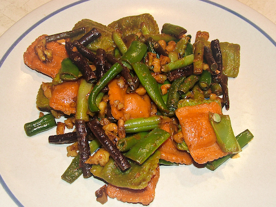 Walnut Green Beans with Pasta
