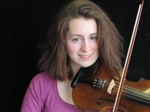 Mattie with fiddle