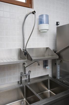 Pre-rinse spray valve