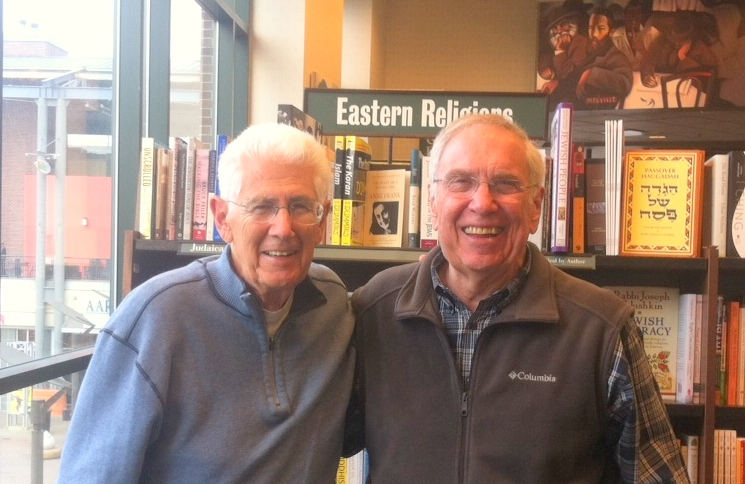 Dave Newhouse - 5-19-16 - Barnes & Noble