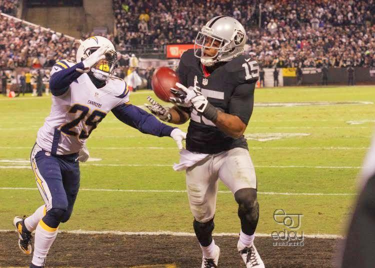 Raiders v. Chargers - 12-24-2015 - Ed Jay