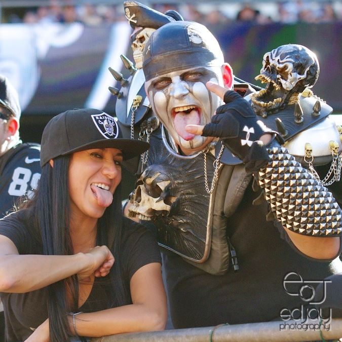 Erica & Skulls - 10-11-15 - Ed Jay
