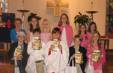 3rd,4th, and 5th graders with their new bibles.