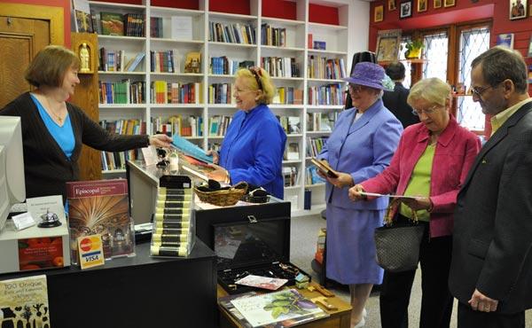 Canterbury Bookstore during Len