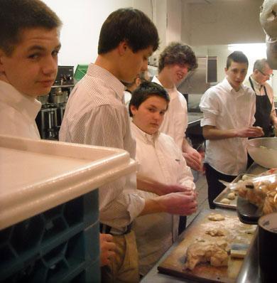 YM volunteers preparing Valentine Dinner