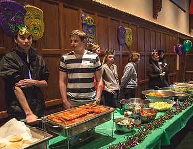 youth volunteers at pancake dinner