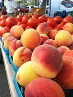 Neltner's peaches_tomatoes