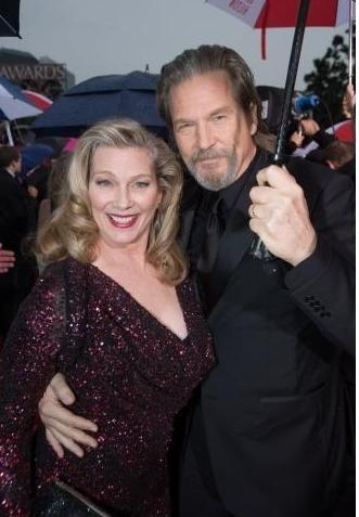 boomer style, hollywood boomers, Jeff Bridges & Wife