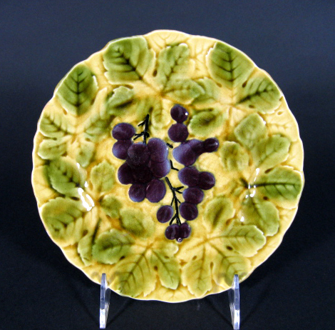 antique French Sarreguemines majolica fruit plate