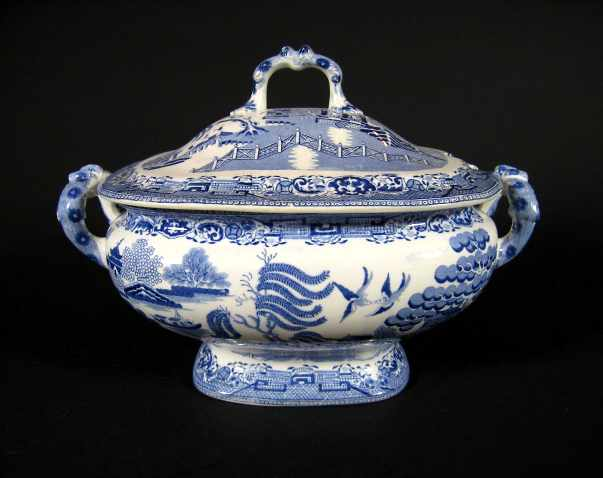 Large Antique English Blue Willow Soup Tureen