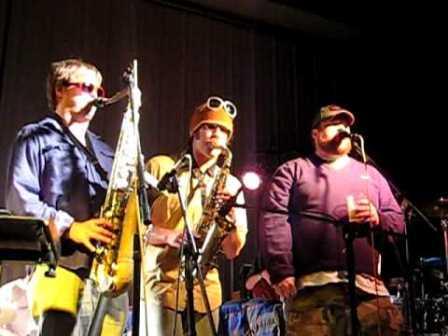 Euforquestra performs in concert
