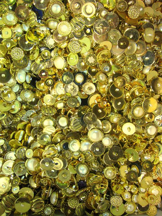 SCRAP golden buttons