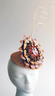 Aiko flat pinecone hat