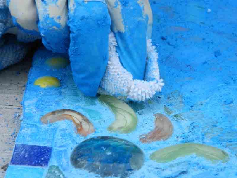 Jane's SCRAP Mosaics 2011 - grouting