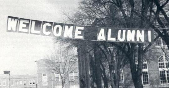 Welcome Banner on Old Campus