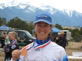 Melody Serra OES Sponsored racer_Medal 2009