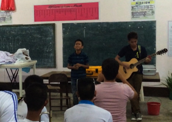 Aldrich and James sing at HS