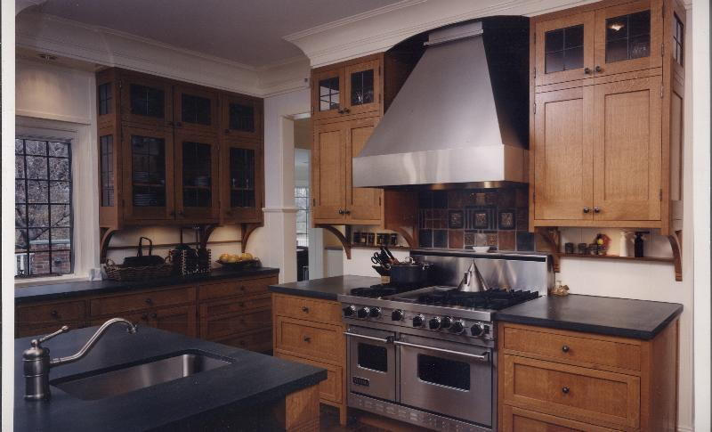 Craftsman style rift oak kitchen