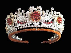 Birthday tiara at 90