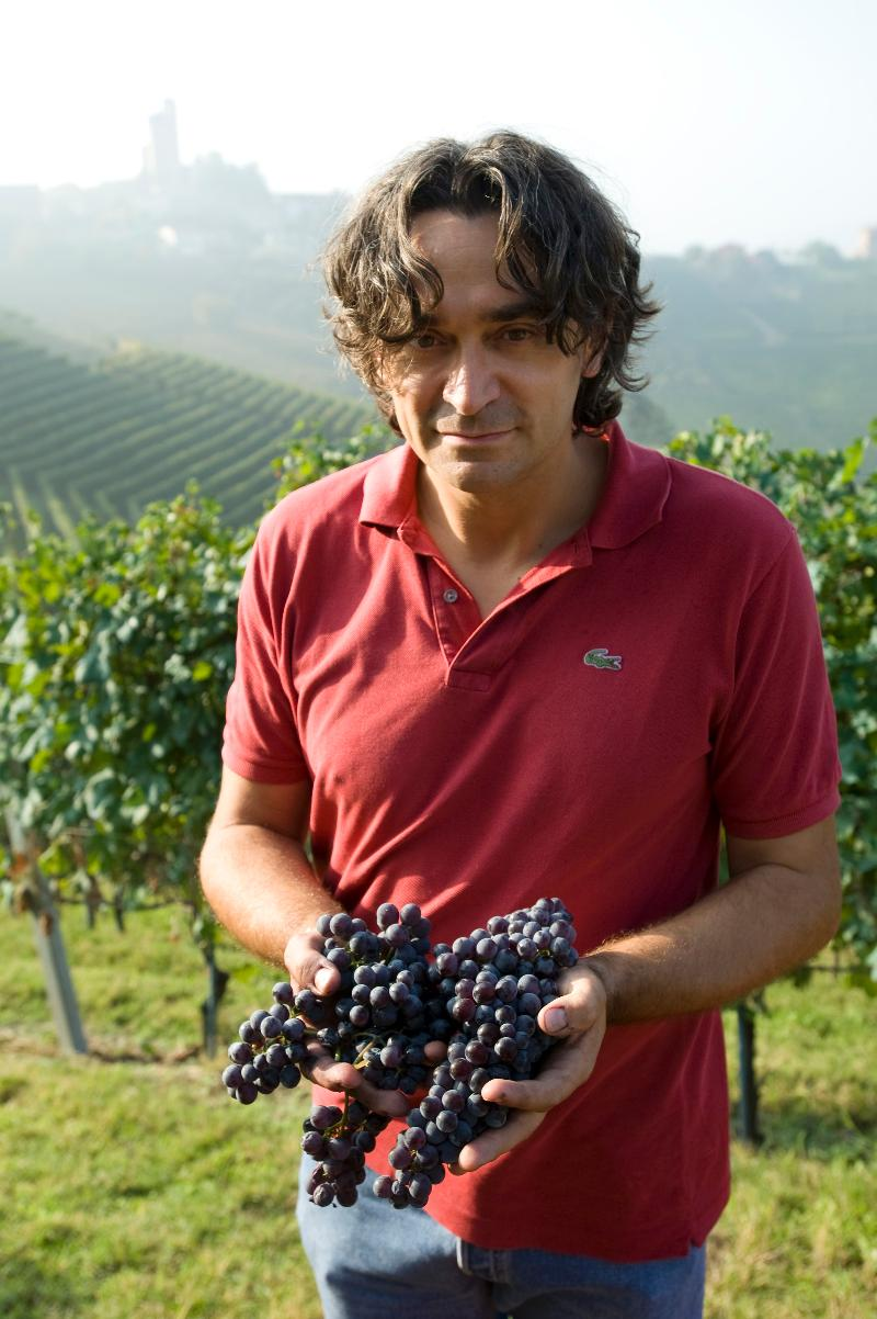 Vietti Luca with grapes