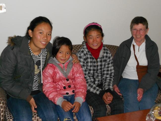 Tibet girls