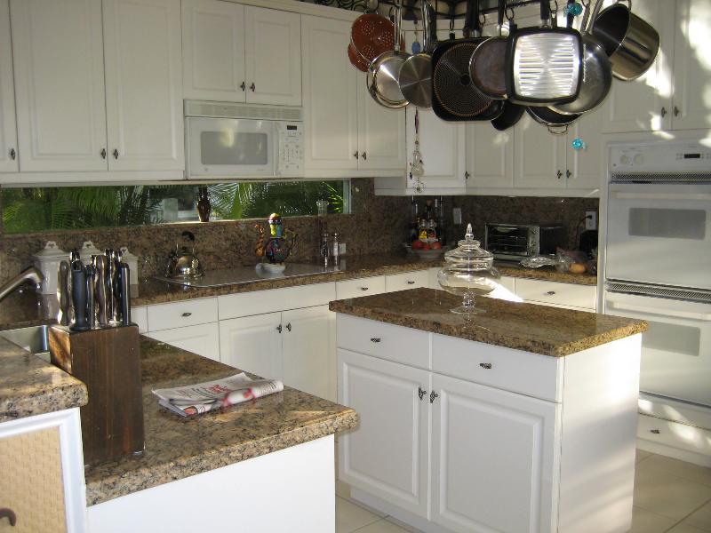 111 pembroke - kitchen