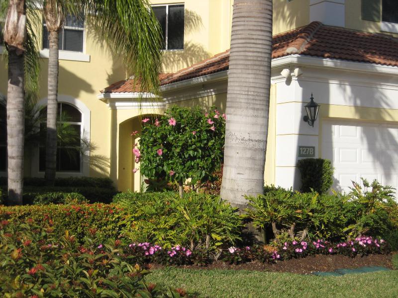 127 B Palm Bay front
