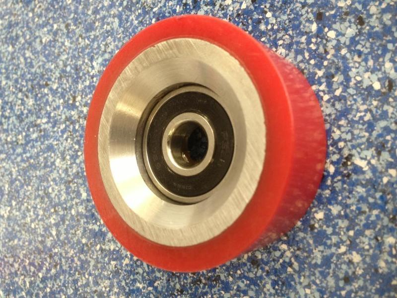 HU70298701 (Red rollers)