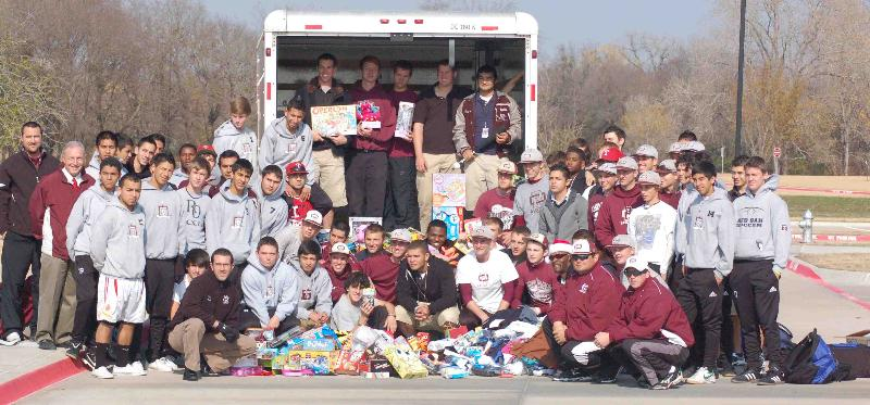 Dallas Area Athletes Give to AOH Kids