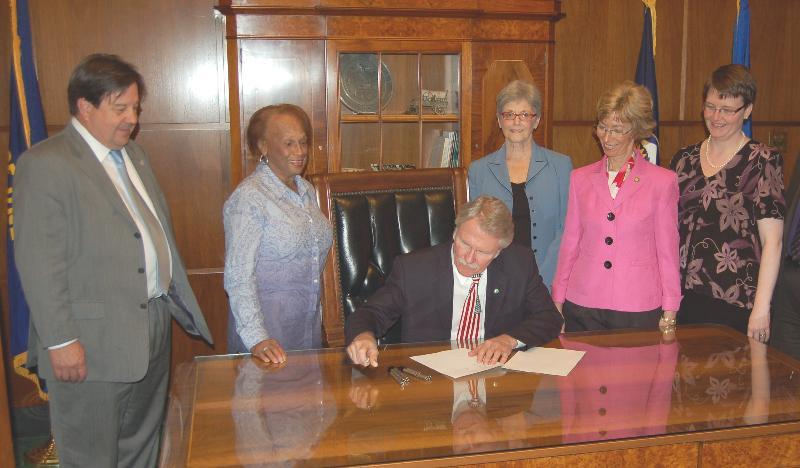 GETF bill signing