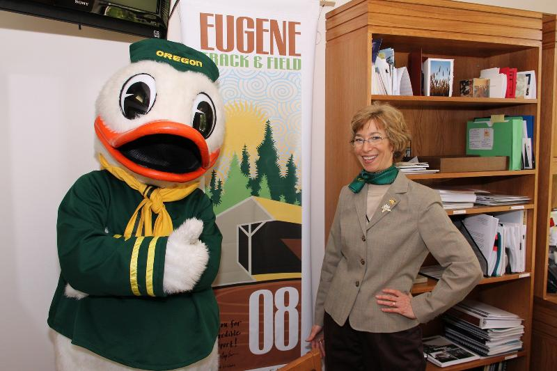 UO Duck at capitol