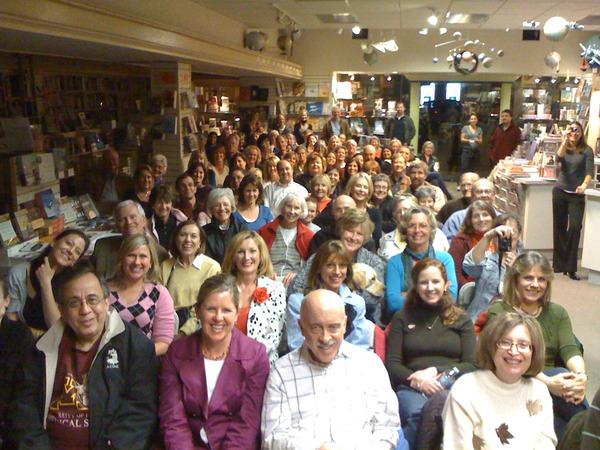 Crowd at Warwick's Reading