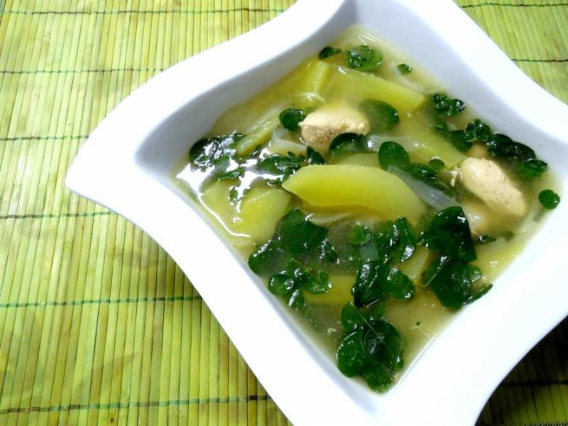Samantha's Chicken Tinola
