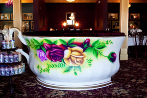 The Tea Cup Booth At Linde Lane