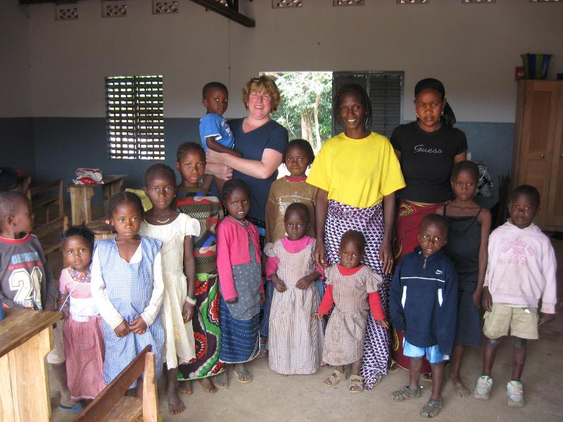 Kim Couture with MIAPE children and teachers