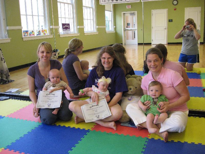 Tracey Kretzer & Signing Smart Beginner Moms S09