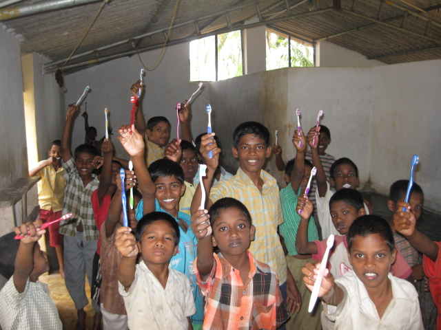 India Boys - Toothbrushes