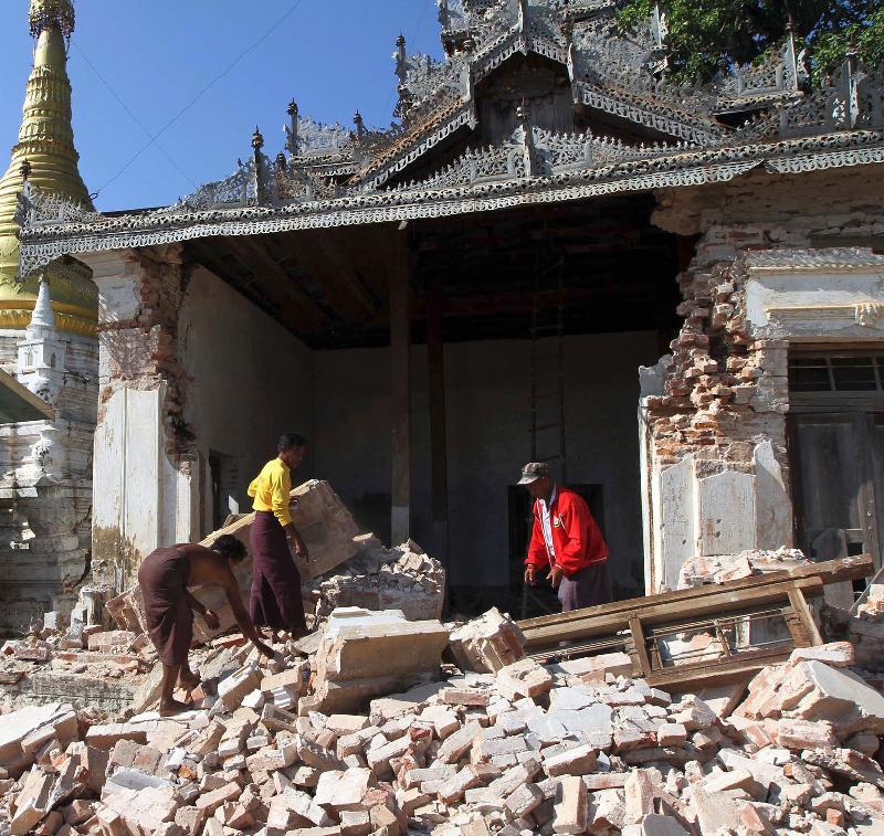 Myanmar_Earthquake_AP