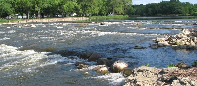 Quasqueton Rapids 2014 G.Stark