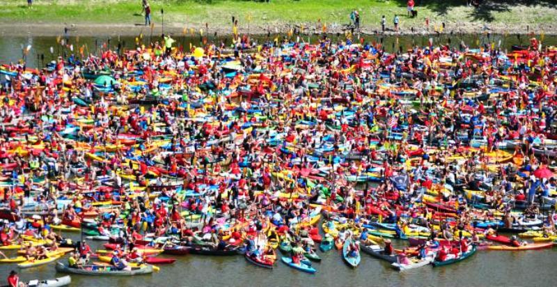 Floatzilla 2012